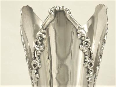 Mooie zilveren siervaas met florale randen, 925 zilver, 25 cm hoog