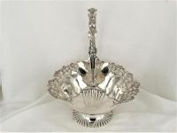 Zilveren hengselmand, zeer fraai  32 cm hoog