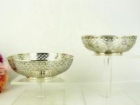 Twee zilveren bonbonschaaltjes