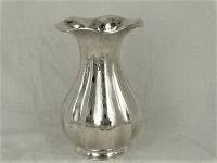 1e gehalte Zilveren gehamerde plooivaas